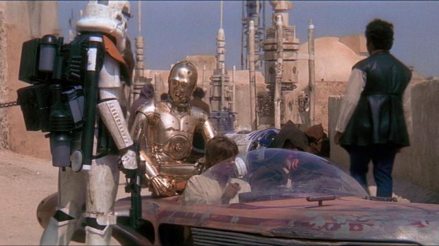 The Replica Of The Blaster E 11 Stormtrooper In Star Wars Episode Iv A New Hope Spotern