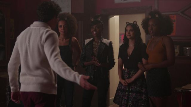 The floral skirt by Ted Baker worn by Veronica Lodge (Camile Mendes) in Riverdale 2x05