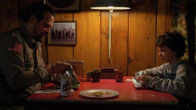 Schlitz Beer Can of Jim Hopper (David Harbour) as seen in Stranger Things S02E01