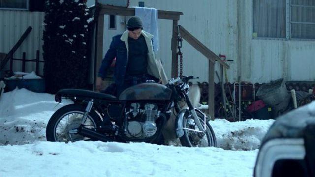 The bike Jughead (Cole Sprouse) in Riverdale S02E01