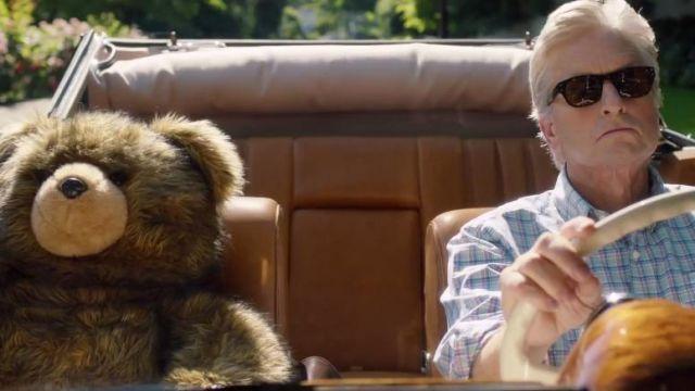 Les lunettes de soleil Moscot de Oren Little (Michael Douglas) dans Ainsi va la vie