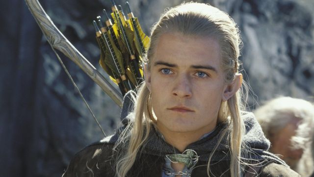 L'arc elfique de Legolas (Orlando Bloom) dans Le Hobbit : Un voyage inattendu