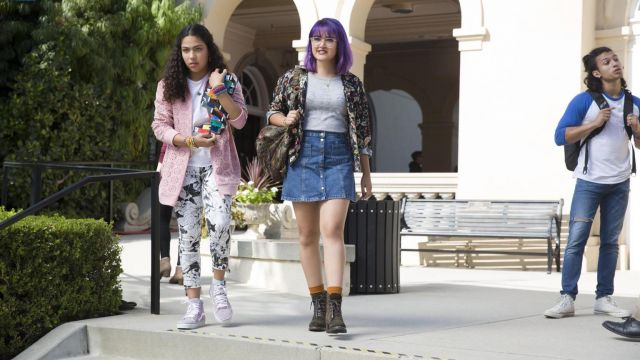 The Van's SK8-Hi Molly Hernandez (Allegra Acosta) in Marvel's Runaways S01E07