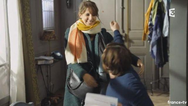 Le sac à décorations métalliques de Barbara Evenot (Léa François) dans Plus belle la vie S14E3551