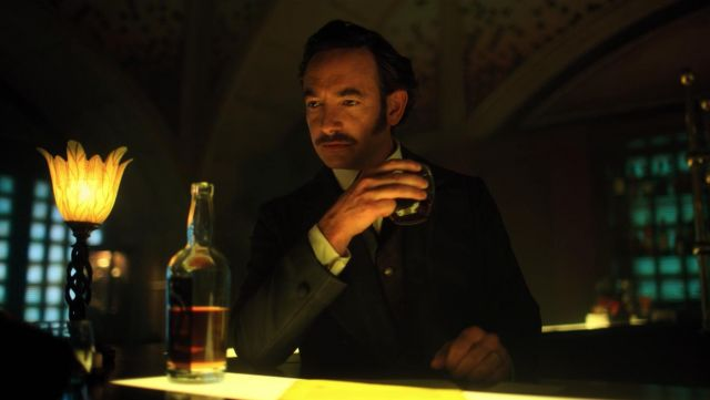 The brand of whisky being served by Poe (Chris Conner) in Altered Carbon S01EP09