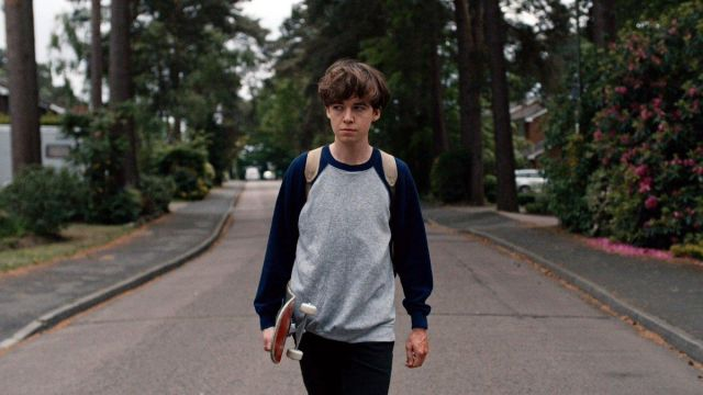 The sweatshirt James (Alex Lawther) in The End of the F***ing World S01E01
