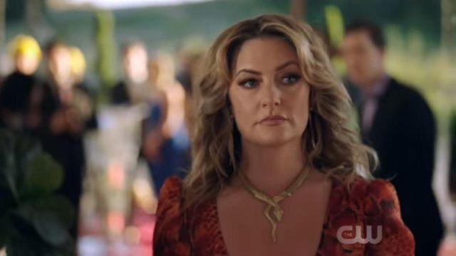 The Necklace Snake Alice Cooper Madchen Amick In Riverdale