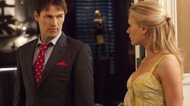 La robe d'été jaune à fleurs de Sookie Stackhouse (Anna Paquin) dans True Blood S04E03