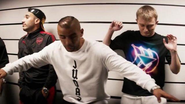 Le t-shirt bananes electro de Vald dans le clip Woah de 93 Empire