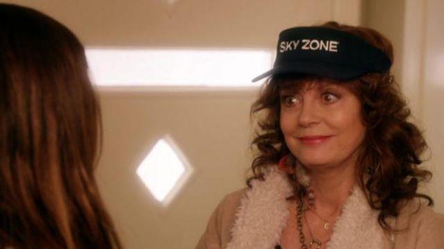 Bad Moms Christmas Susan Sarandon.Sky Zone Cap Worn By Isis Susan Sarandon As Seen In A Bad