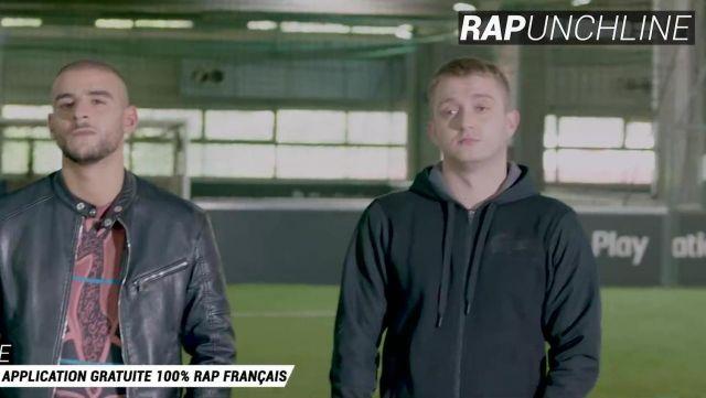 Le sweatshirt à capuche noir Lacoste de Vald dans la video Épisode 2 : L'entrainement ! de Sofiane, Alonzo, Naps & Vald