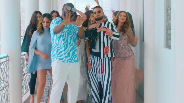 La veste et le pantalon portés par Maluma dans son clip Hola Señorita (Maria)avec Gims