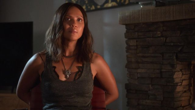 Dragon necklace worn by Mazikeen (Lesley-Ann Brandt) as seen in Lucifer S01E04