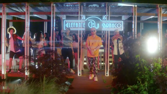 Le pantalon porté par Squeezie dans son clip Bye Bye feat. Joyca