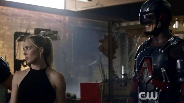 Black Tank Top worn by Sara Lance (Caity Lotz) in Legends of Tomorrow S03E03