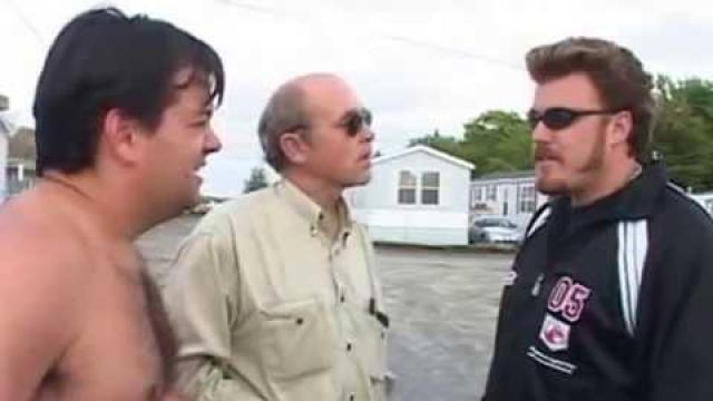 Sunglasses worn by Ricky (Robb Wells) in Trailer Park Boys (S03E01)