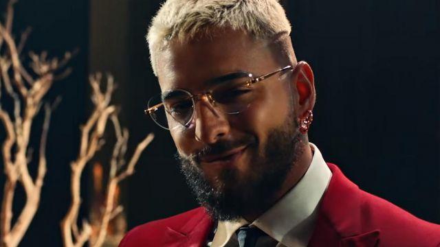 Les lunettes de vue portées par Maluma dans son clip Qué Pena avec J Balvin