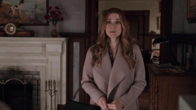 Coat worn by Melinda Monroe (Alexandra Breckenridge) in Virgin River (S01E09)