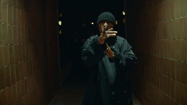 Le manteau de Soprano dans son clip Musica feat. Ninho