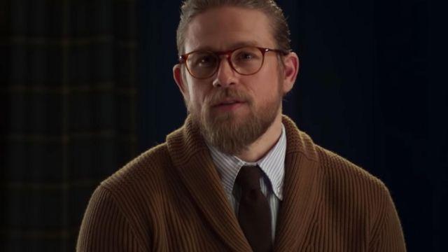 Cravate porté par Ray (Charlie Hunnam) comme on le voit dans L'Messieurs