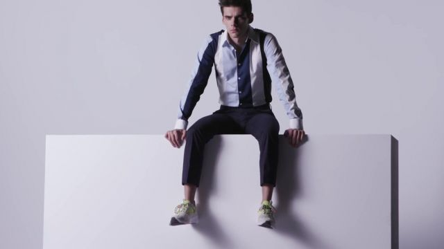 Sneaker worn by Álvaro Rico aka Polo in Elite TV series on promotional picture from Season 3
