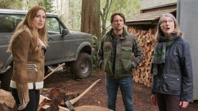 The jacket Melinda Monroe (Alexandra Breckenridge) in Virgin River (S01E06)