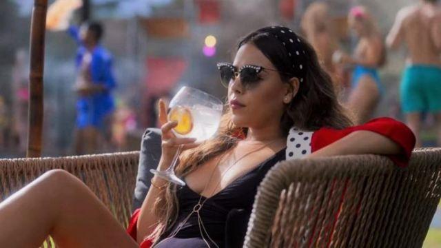 Les lunettes de soleil en perles portées par Lu Montesinos (Danna Paola) dans la saison Élite 3