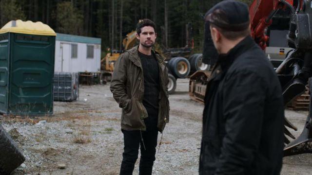 Jacket of Dan Brady (Ben Hollingsworth) in Virgin River (S02E03)