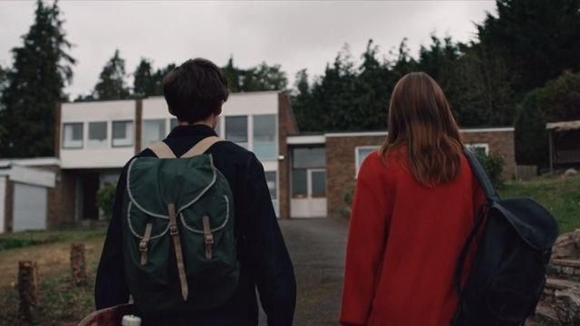 The backpack used by James 1x01