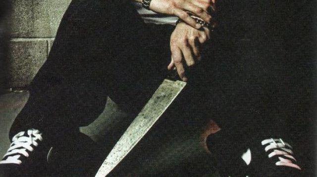 Long Kitchen knife of Eminem in Eminem - 3 a.m. (Official Video)