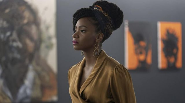 Gold dress worn by Brianna Cartwright (Teyonah Parris) as seen in Candyman movie